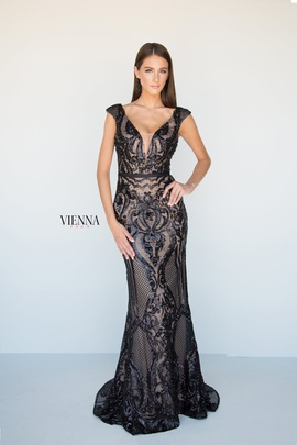 Style 8810 Vienna Black Size 2 Tall Height Lace Mermaid Dress on Queenly