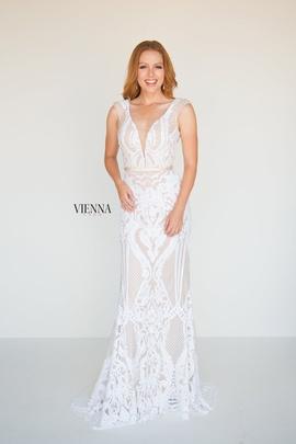 Queenly size 2 Vienna Gold Mermaid evening gown/formal dress