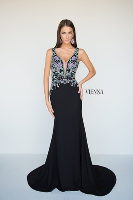 Style 9956 Vienna Black Size 12 Sheer Plunge Plus Size Mermaid Dress on Queenly