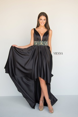 Style 8604 Vienna Black Size 10 Plunge A-line Dress on Queenly