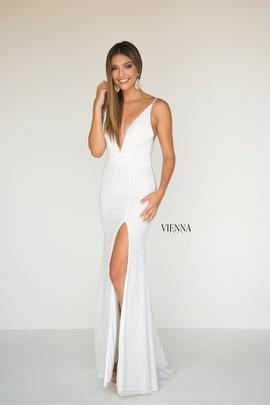 Queenly size 2 Vienna White Side slit evening gown/formal dress