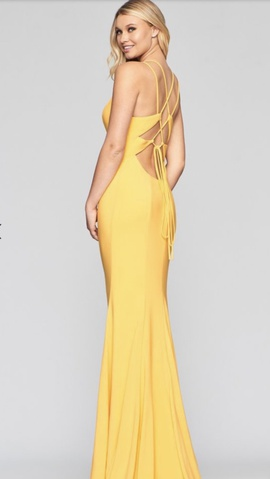 Yellow Size 2 Mermaid Dress on Queenly