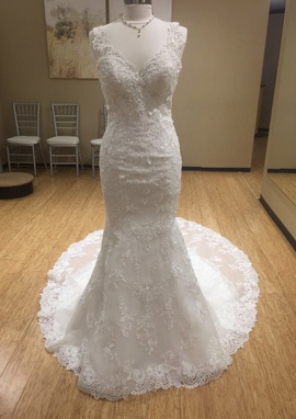 Maggie Sottero White Size 8 Train Lace Mermaid Dress on Queenly