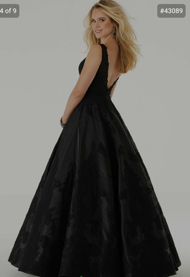 Mori Lee Black Size 22 Morilee 43089 Plunge Ball gown on Queenly