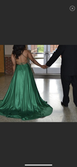 Sherri Hill Green Size 6 Backless A-line Dress on Queenly