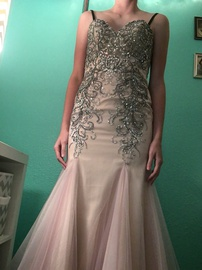 Queenly size 4 Mori Lee Pink Mermaid evening gown/formal dress