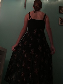 Black Size 2 Train Dress on Queenly