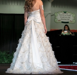 Sherri Hill White Size 6 Prom Pageant A-line Dress on Queenly
