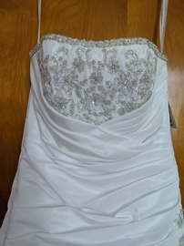 David's Bridal White Size 4 Corset Train A-line Dress on Queenly