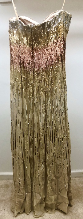 La Femme Gold Size 8 Sweetheart Strapless Straight Dress on Queenly