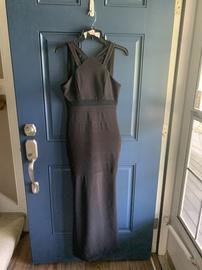 Emerald Sundae Black Size 4 Halter Straight Dress on Queenly
