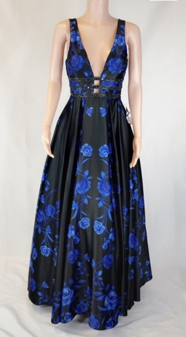 Queenly size 8 Blondie Nites Black Ball gown evening gown/formal dress