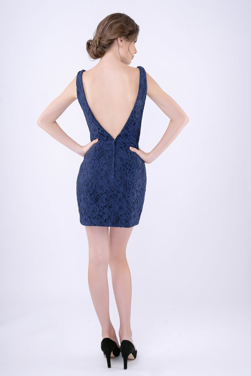 Style 266 Nina Canacci Blue Size 4 Mini Plunge Navy Cocktail Dress on Queenly