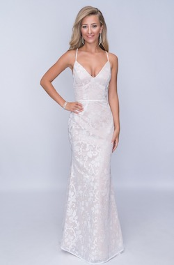 Queenly size 00 Nina Canacci White Mermaid evening gown/formal dress