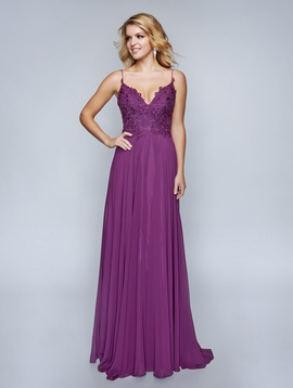 Queenly size 8 Nina Canacci Purple A-line evening gown/formal dress