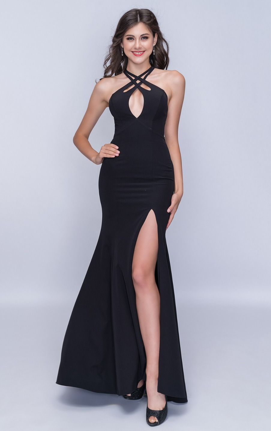 Queenly size 00 Nina Canacci Black Side slit evening gown/formal dress