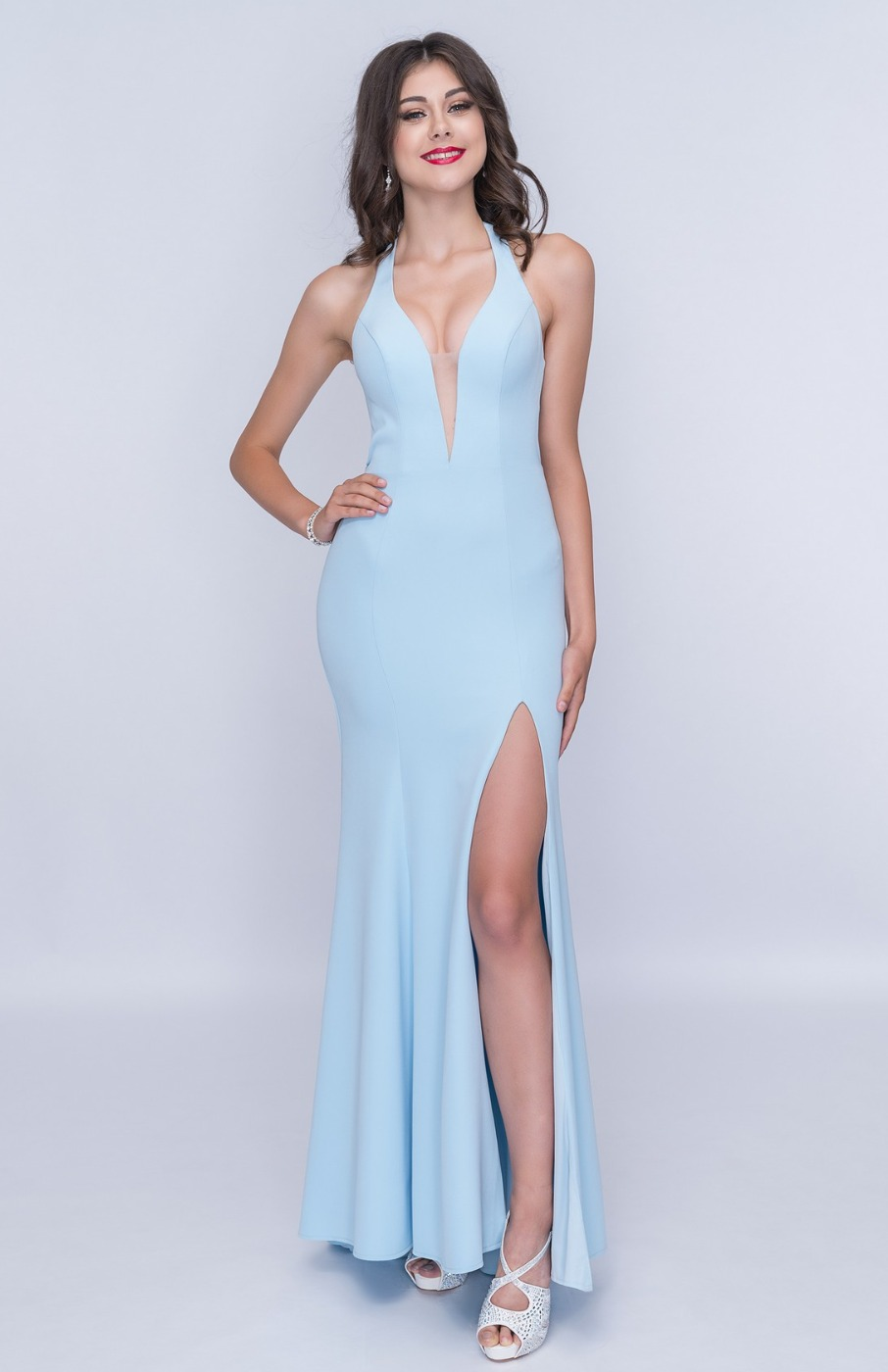 Queenly size 6 Nina Canacci Blue Side slit evening gown/formal dress