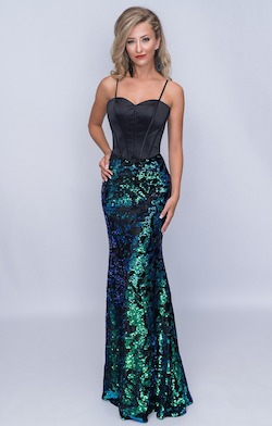 Queenly size 12 Nina Canacci Green Mermaid evening gown/formal dress