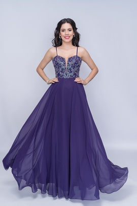 Queenly size 6 Nina Canacci Purple A-line evening gown/formal dress