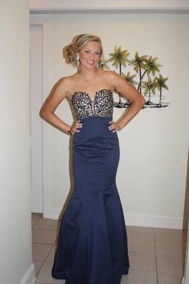 La Femme Blue Size 6 Mermaid Dress on Queenly