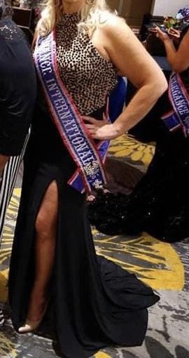 Sherri Hill Black Size 12 Plus Size Side slit Dress on Queenly