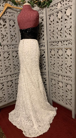 XTREME PROM White Size 8 Sequin Prom Train Ball gown on Queenly