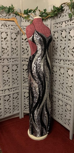 Tiffany Designs Black Size 8 Jewelled Short Height Backless Side slit Dress on Queenly