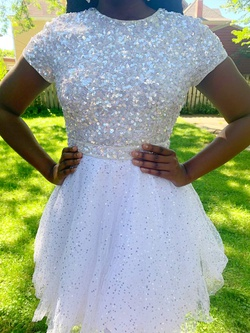 Queenly size 10  White Cocktail evening gown/formal dress