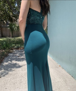 Green Size 00 Straight Dress on Queenly