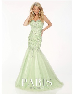 Queenly size 4  Green Mermaid evening gown/formal dress