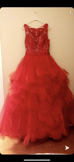 Red Size 8 Ball gown on Queenly