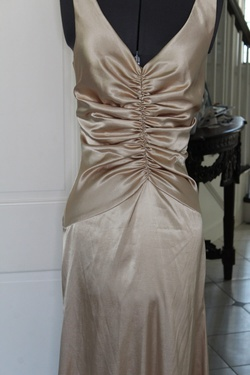 Gold Size 6 Mermaid Dress on Queenly