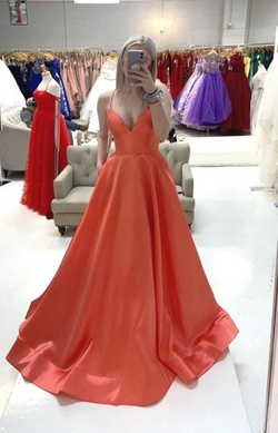 Queenly size 4 Sherri Hill Orange Ball gown evening gown/formal dress