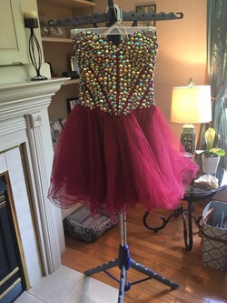 Queenly size 6 Sherri Hill Red Cocktail evening gown/formal dress