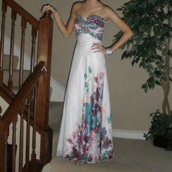 Queenly size 0  White A-line evening gown/formal dress