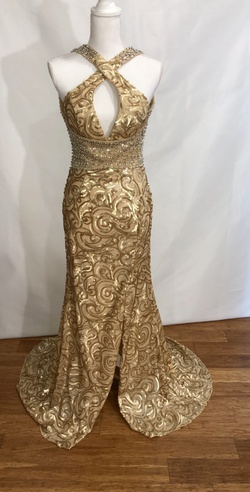 Lara Gold Size 4 Halter Backless Straight Dress on Queenly