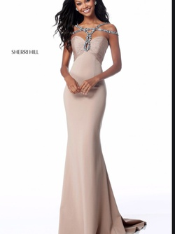 Queenly size 2 Sherri Hill Nude Straight evening gown/formal dress