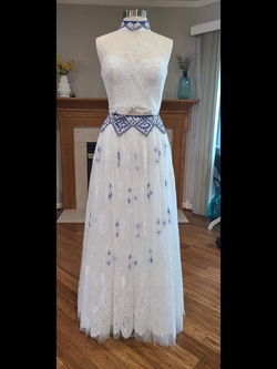 Queenly size 10  White Ball gown evening gown/formal dress