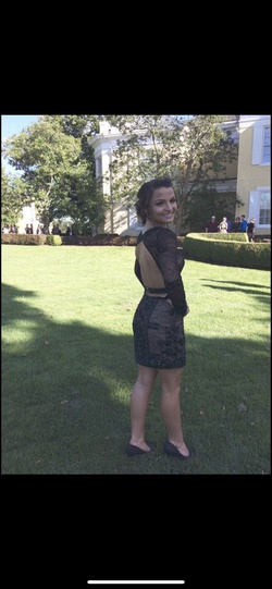 Sherri Hill Black Size 2 Cocktail Dress on Queenly
