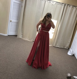 Queenly size 8 Sherri Hill Red Straight evening gown/formal dress