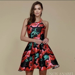 Red Size 14 Cocktail Dress on Queenly