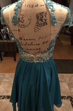 Sherri Hill Green Size 4 Homecoming Sequin Cocktail Dress on Queenly
