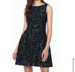 Green Size 24 Cocktail Dress on Queenly