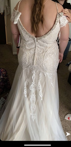 White Size 22 Mermaid Dress on Queenly