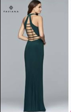 Style 10056 Faviana Green Size 6 Halter Backless Straight Dress on Queenly