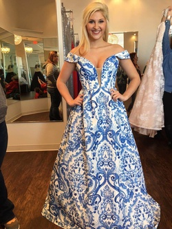Queenly size 6 Sherri Hill Blue Ball gown evening gown/formal dress