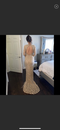 Sherri Hill Gold Size 6 Train Dress on Queenly