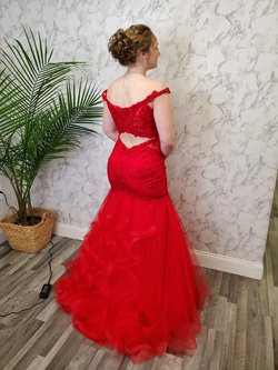 Red Size 12 Mermaid Dress on Queenly
