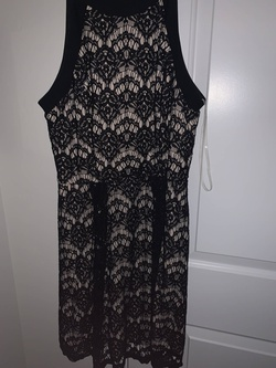 Speechless Black Size 6 Wedding Guest Cocktail Dress on Queenly