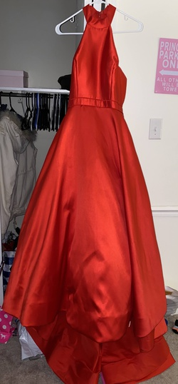 Queenly size 6 Sherri Hill Red Train evening gown/formal dress